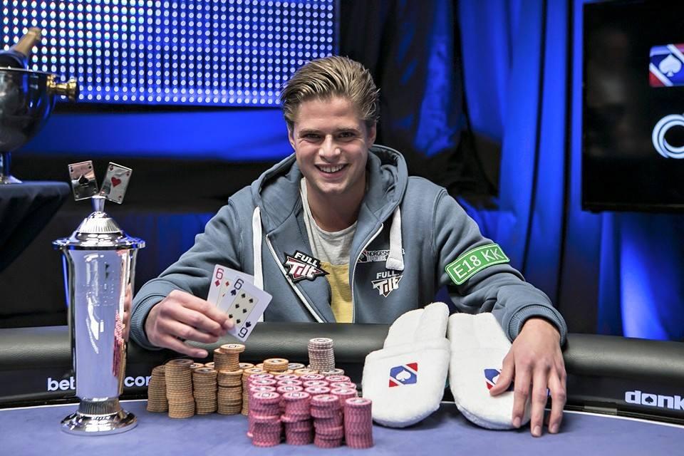 Jonathan Spæren fra Tønsberg vant Main Event i NM i poker.