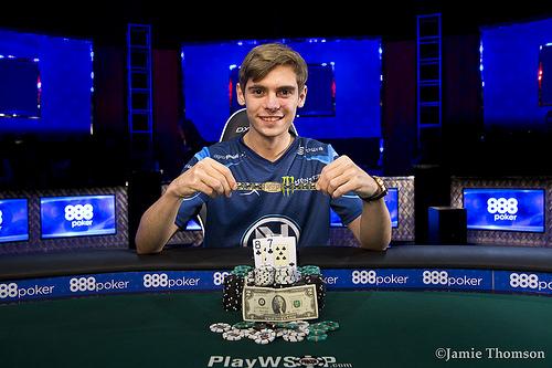 Poker-TV: Se alle hendene fra highroller-finalebord i WSOP